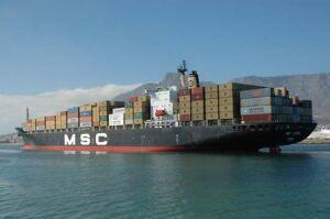perusahaan kapal kontainer terbesar